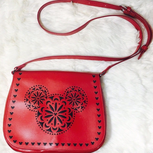 938e658b59 Disney Vera Bradley Mickey Mouse Red Crossbody bag.  M 5aa5387236b9dece37c23758